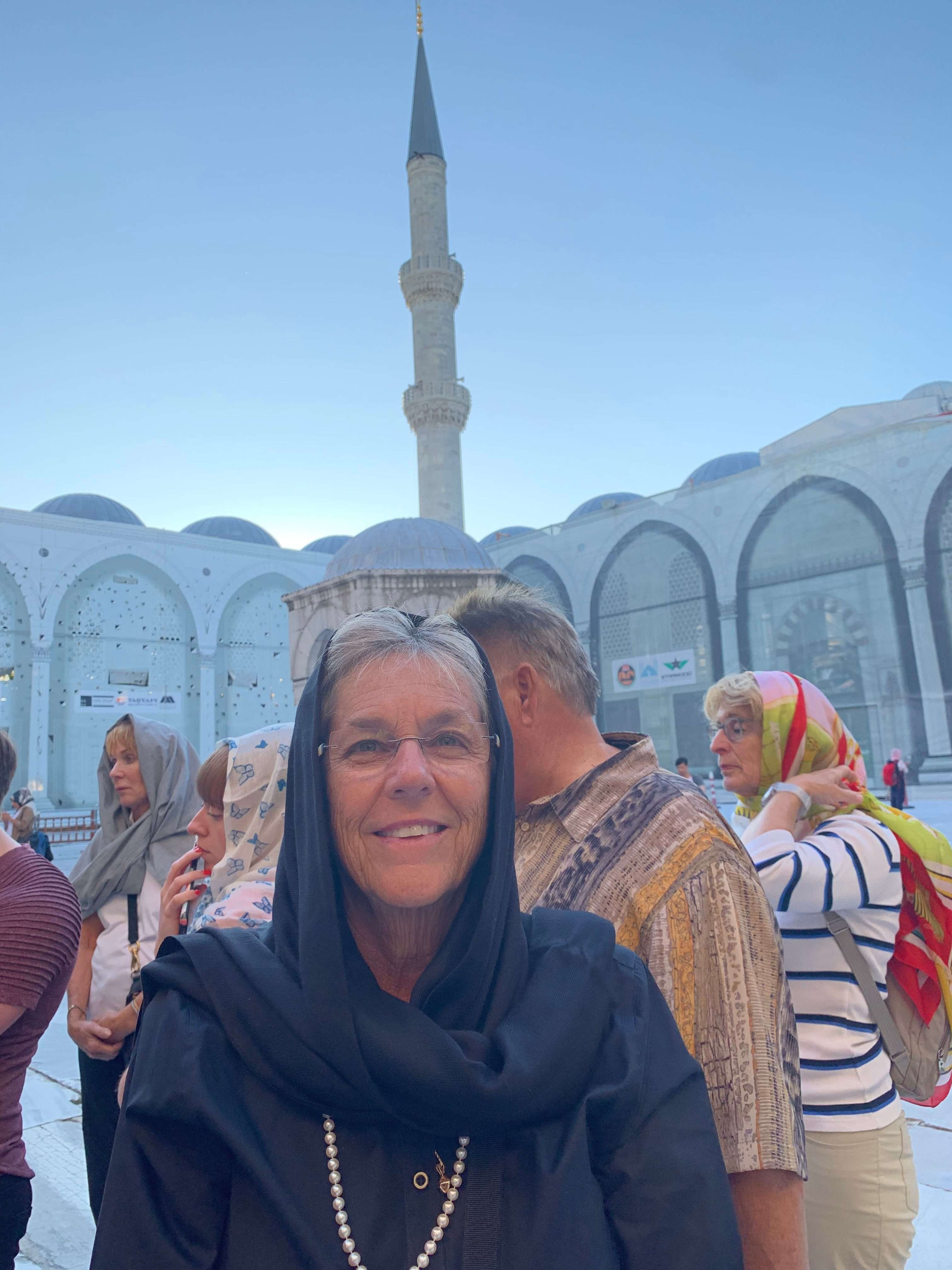 Sue dressed to enter the Blue Mosque